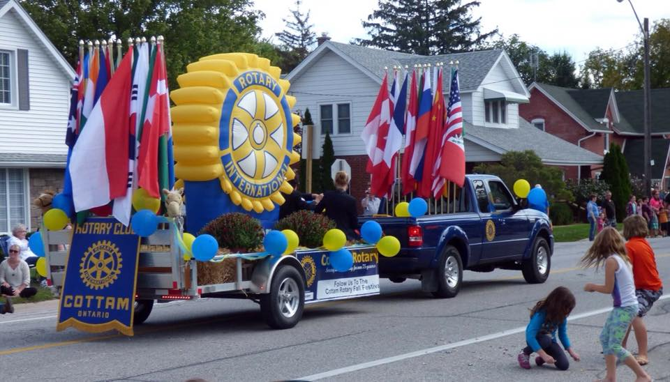 Picture of Rotary Gear on Parade Float